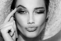 Schönheiten / Ob Mila Kunis oder Angelina Jolie: diese Schönheiten hinterlassen einen höchst sinnlichen Eindruck. Das Wesen dieser Frauen ist ästhetisch und faszinierend zugleich. Jede Frau trägt eine solche Schönheit in sich, entdecke diese also selbst in dir.