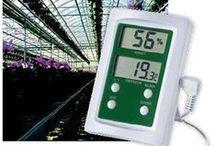 Termoigrometri e Igrometri / Strumenti per la misurazione della temperatura e del grado di umidità dei materiali