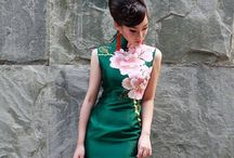 Mood Styles: The Emerald Way / Beautiful ways to carry off emerald.