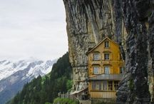 Stelzen-,Baumhäuser- u. Strandhäuser / Tolle Aussicht auf oder über den Wald.  Direkt am Strand oder an der Felswand.