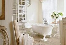 Bathrooms / Bathrooms that take a departure from the usual & generic - a country bathroom is classic and timeless.