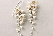 Ohrringe / Ohrringe aller Art  Mit Perlen oder mit Knöpfen
