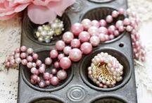 Jewelry organization / by Ika