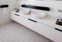 Room || Bathroom