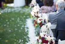 Brickendon Barn Longford Wedding Photos / wedding photos at Brickendon of styling by Event Avenue.