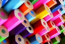 kolorowe kredki / colorful crayons