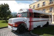 WineBus / Autobus americano convertito a enoteca itinerante