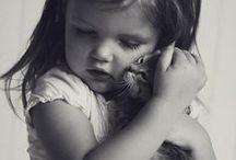 Babies & Pets / I bambini e i cuccioli: foto tenerissime di piccole amicizie!