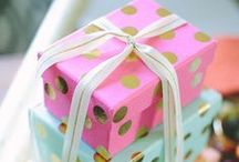Polka Dot Gift Wrap / Playful. Cheerful. Dot Inspired Gift Wrap Ideas.  I #GiftWrapping I #GiftWrappingIdeas I #DotGiftWrap