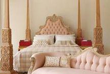 [ Inspiration Décoration Baroque ] / Idées décoration maison : charme et cosy.Un zest de baroque avec un soupçon de céruse. Osez une décoration glamour qui sort de l'ordinaire ! Visitez : www.deco-prive.com