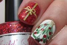 Christmas Nail Art You NEED To See! / Christmas Nail designs that are positivity perfect for the festive season