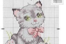Cross stitch - Cats and mices  / by Silvia Vanessa Carrillo Lazo