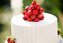Wedding Cakes / From simple to glamorous wedding cakes are here to give you a little inspiration