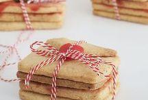 Plätzchen | Rezepte, Inspiration, Cookie DIYs / Hier findest Du ausgefallene Plätzchen- und Cookie-Rezepte. Weihnachtsplätzchen, Cookies, Lebkuchen, Icing, Royal Icing, Red Velvet Cookies, Cream Cheese Cookies, Frosting etc.