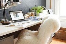 Arbeitsplatz einrichten | Homeoffice | Workspace / Ich zeige Dir Ideen & Interior Trends, um Deinen Arbeitsplatz zur perfekten Mischung aus Organisationswunder und Wohlfühloase zu machen. Denn Kreativität braucht Raum, sich zu entfalten.