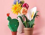 Blumen | Flowers DIY Papier, Fimo, Draht, Kork, Garn, Stoff & Co. / Sag's mit DIY Blumen aus Papier, Fimo, Draht, Stoff oder Holz. Die halten für die Ewigkeit und sind sooo schön. Hurra für Paper Flowers, Papier Blumen Kränze, Papier Blumen Sträuße, Papier Blumen Girlanden, Fimo Blumen, Blumen und Pflanzen aus Draht u.v.m.