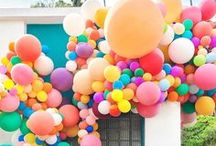 Balloon Arch | Ballon Girlanden DIY, Inspiration, Ideen / Die Balloon Arch bzw. Ballon Girlanden sind momentan ein riesiger Party Trend aus den USA. Sieht auch toll aus und ist super einfach selbst gemacht. Hier findest Du Ideen und Inspiration rund um das Thema Partydekoration mit Ballons.