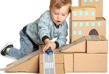 Knutselen met karton / Duik in je papier container! Op dit Bord vind je super leuke voorbeelden van wat je met karton / kartonnen dozen zelf kunt maken! Fantastisch voor je kids om mee te spelen en ook nog eens goed voor het milieu!