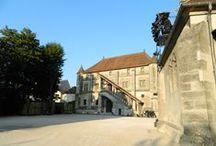 Meaux / Ancienne capitale de la Brie, Meaux est l'une des sous-préfecture du département 77.
