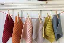 Kitchen towels, dishcloths, potholders