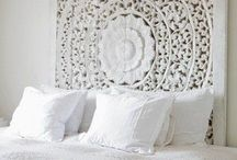 | Shabby White Home |