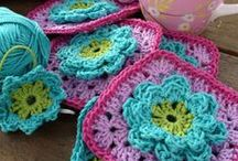 Crochet Squares / Squares for blankets, house slippers, pillows, bags and everything you can imagine, even carpets. ;)
