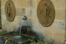 Domus / Decorative ideas for garden, pool and home in classic Spanish style