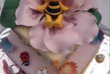 Maya the bee cake / Maya the bee