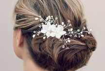 Bridal Hairstyles / The ultimate hairstyle manual for your big day!