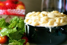 FOOD: mac n' cheese / Who knew there were so many different kinds of Macaroni & Cheese? Thank goodness, because it's my favorite!