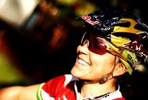 Women race cyclists / Vrouwen op de racefiets