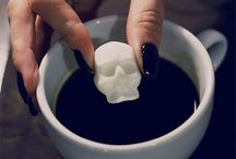 Skull / Everythings from skulls
