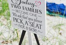 Beach themed wedding ideas / Ideas and inspiration for creating a beautiful beach themed wedding day