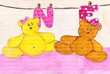 Cuadros bebe iniciales / Cuadros bebe de iniciales, con la inicial del nombre del bebe o de tu hijo, pintados a mano con pintura y acuarela, para la habitación o cuarto de las más pequeñas de la casa para decorar el espacio de los niños con dibujos infantiles enmarcados