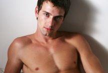 HOT MEN 13. / Wonderful bodied men. XIII.