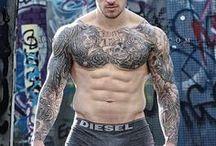 CHRIS HATTON (️Enquiries Chrishatts) / Personal trainer/Natural fitness model. Instagram: hatts17