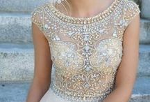 Wedding Gown Realness / Wedding gowns that are almost too beautiful to be real!