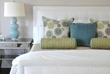 Bedrooms / by Glenda Holdsworth Maltman