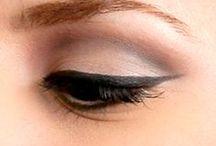 Maquillage / by Alexandra Grenier