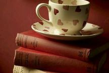 Tea/coffee/hot cocoa and books