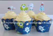 TinyTotCupcakes PRODUCTS / Cupcake wrappers & toppers (set of 12)  Visit: www.tinytotcupcakes.com/shop