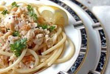 Pasta + Rice + Grains / pasta recipes | easy pasta recipes | pasta salad recipes | rice recipes | farro recipes | quinoa recipes | polenta recipes | healthy pasta recipes | creamy pasta recipes | seafood pasta recipes | vegetarian pasta recipes | baked pasta recipes | homemade pasta recipes | one pot pasta recipes