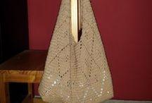 Cosillas de bolsos, carteras, monederos en crochet.... / Crochet o ganchillo / by María Dolores Nieto Reyes