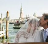 Wedding in Venice / Venice, the floating city, is the perfect frame for a romantic wedding