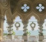 Wedding in Garda Lake / The shores of Lake Garda, the terrace of a venetian neo-gothic style villa, the luxuriant vegetation of the Italian gardens: simply chic.