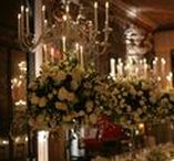 Masked Ball in Venice / Flowers and masks for this colorful party in Venice