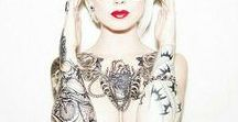 tatouage bras femme / Modèles de tatouage bras femme :complet, discret, fleur, etoile, manchette, dentelle, graphique, phrase, indien, ethnique, polynesien, ligne, ecriture, geometrique, dessin