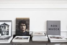 Library / - How to decorate your home with books -