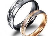 Cincin Pasangan Titanium / Menjual berbagai macam aksesori seperti: Cincin Couple, Kalung Couple, Gelang tangan, Kalung Kaki dan Lukisan unik.