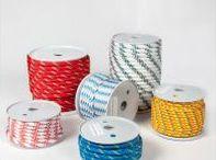 Cuerdas de plástico - MW Materials World / Cuerdas de plástico para todo tipo de proyectos de embalaje, manualidades y bricolaje que encontrarás en el Supermercado de Materiales MW Materials World.